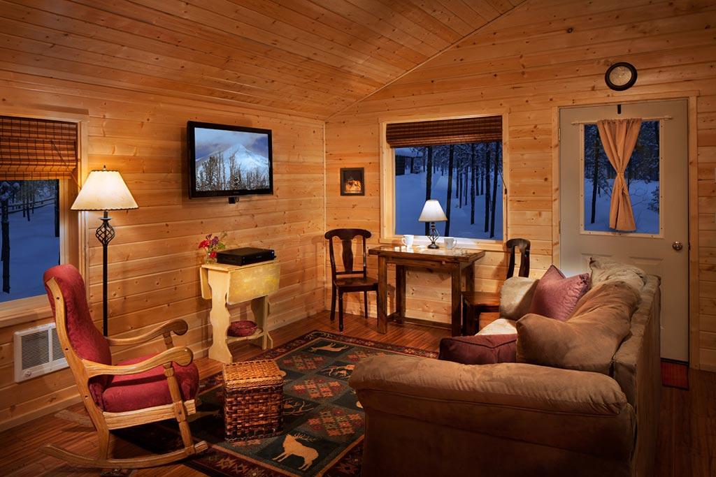 Cabin Living Room in Winter | Reclusive Moose Cabins